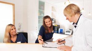 Medizinische Fachangestellte Stelle Job Karriere Augenarzt